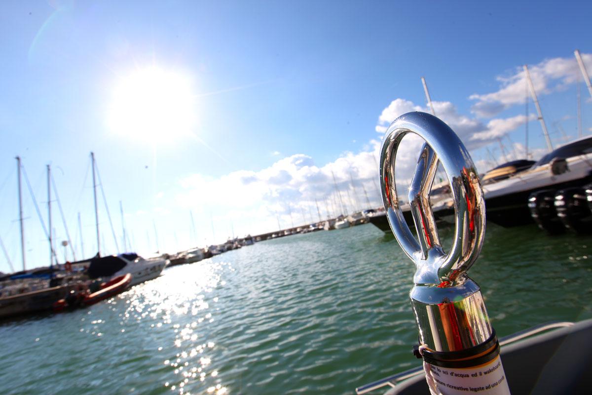 acquasport-nautica-rimessaggio-barche-vendira-nuovo-e-usato-05